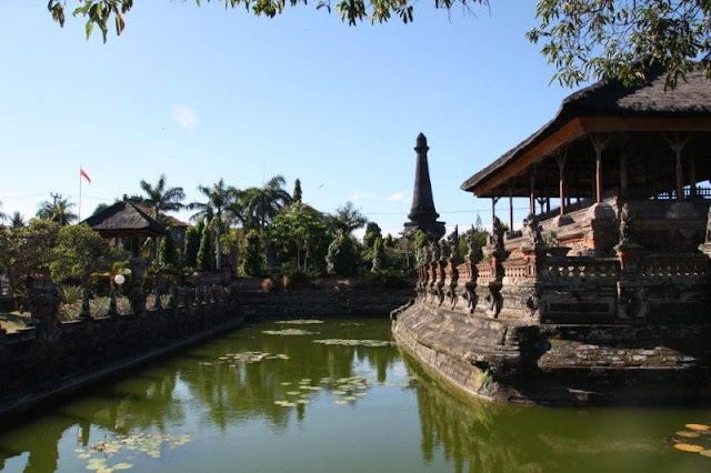 Palacio de Justicia Taman Gili en Klungkung, Bali