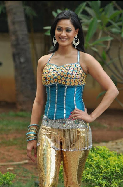 Shweta Tiwari Greenthone 2012 In Golden Shining Tight Leggings with Short Tops