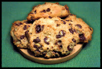 http://foodiefelisha.blogspot.com/2012/12/peppermint-chocolate-chip-cookies.html