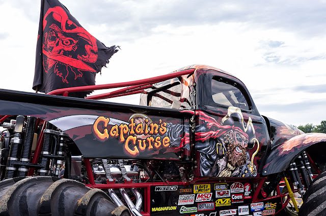 Captain's Curse Monster Truck - Hagerstown Speedway