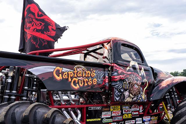 Captain's Curse Monster Truck - Hagerstown Speedway