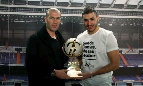 Benzema with the best French player 2012 trophy