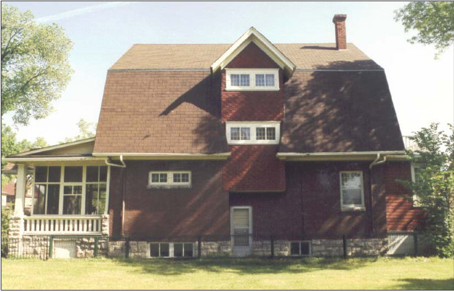 Milner House from the south, 1992. Photo courtesy of the City of Winnipeg Historical Report.