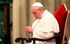 El Rosario, escuela de oración y de fe, por el Papa Francisco