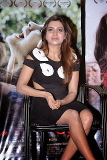samantha ruth prabhu hot pics in black mini skirt