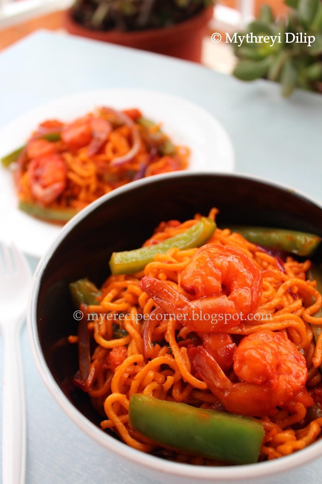 Mye's Kitchen: Singapore Prawn Noodles - Chilli Garlic Prawn Noodles