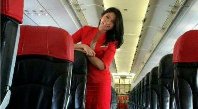 Khairunnisa Haidar Fauzi Pramugari AirAsia