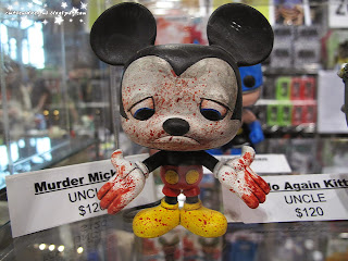 murder mickey,mickey mouse,zombie,mickey mouse killer,comic con 2013,october 11th 2013,saturday,sunday,comic con sunday,comic con saturday,new york,nyc,manhattan,jacob javits center,newyork,figurine,collectibles,sculpture,art,