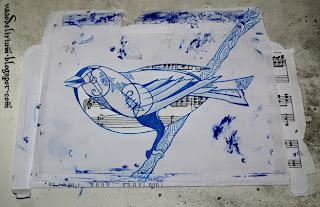 http://vasodelirium.blogspot.gr/2013/12/birdy.html