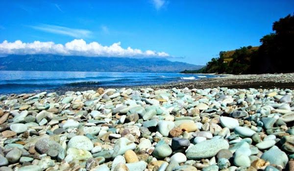 Pantai Kolbano, Nusa Tenggara Timur (Gambar 2). ZonaAero