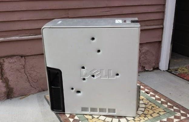 desktop dell recebe oito tiros
