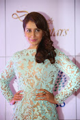 Rashi Khanna at Dinner with Stars-thumbnail-8
