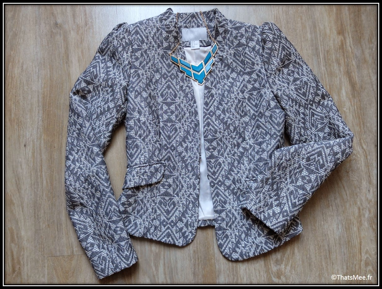 veste tissu aztèque printemps-été 2014 H&M blazer, collier parure turquoise Forever 21