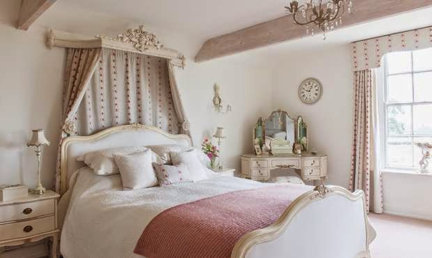 Lismary 39 s cottage una farmhouse del 18 sec nel derbyshire for Master suite nel seminterrato