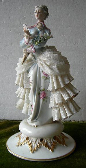 Di qua e di la le porcellane di capodimonte porcelain for Marchi porcellane austriache