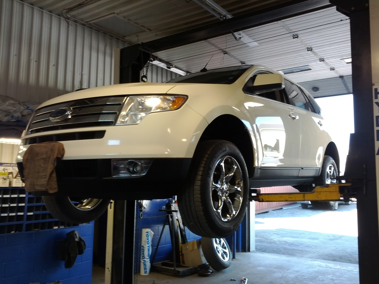 Jackass Award Ford Edge Lincoln Mkx Rear Hubs