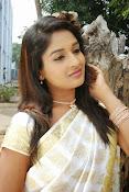 Eesha Ranganath Photos-thumbnail-13