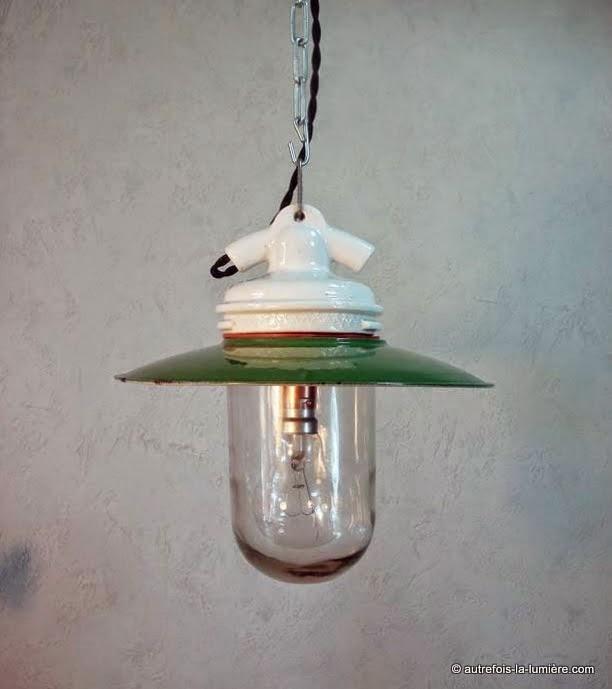 Suspensions plaffonnier abat jour maill s for Lampe exterieur ancienne