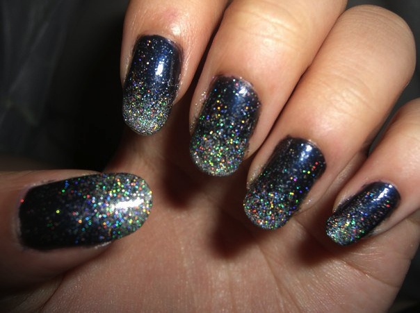 ssushoo sparkly glitter tip nails tutorial