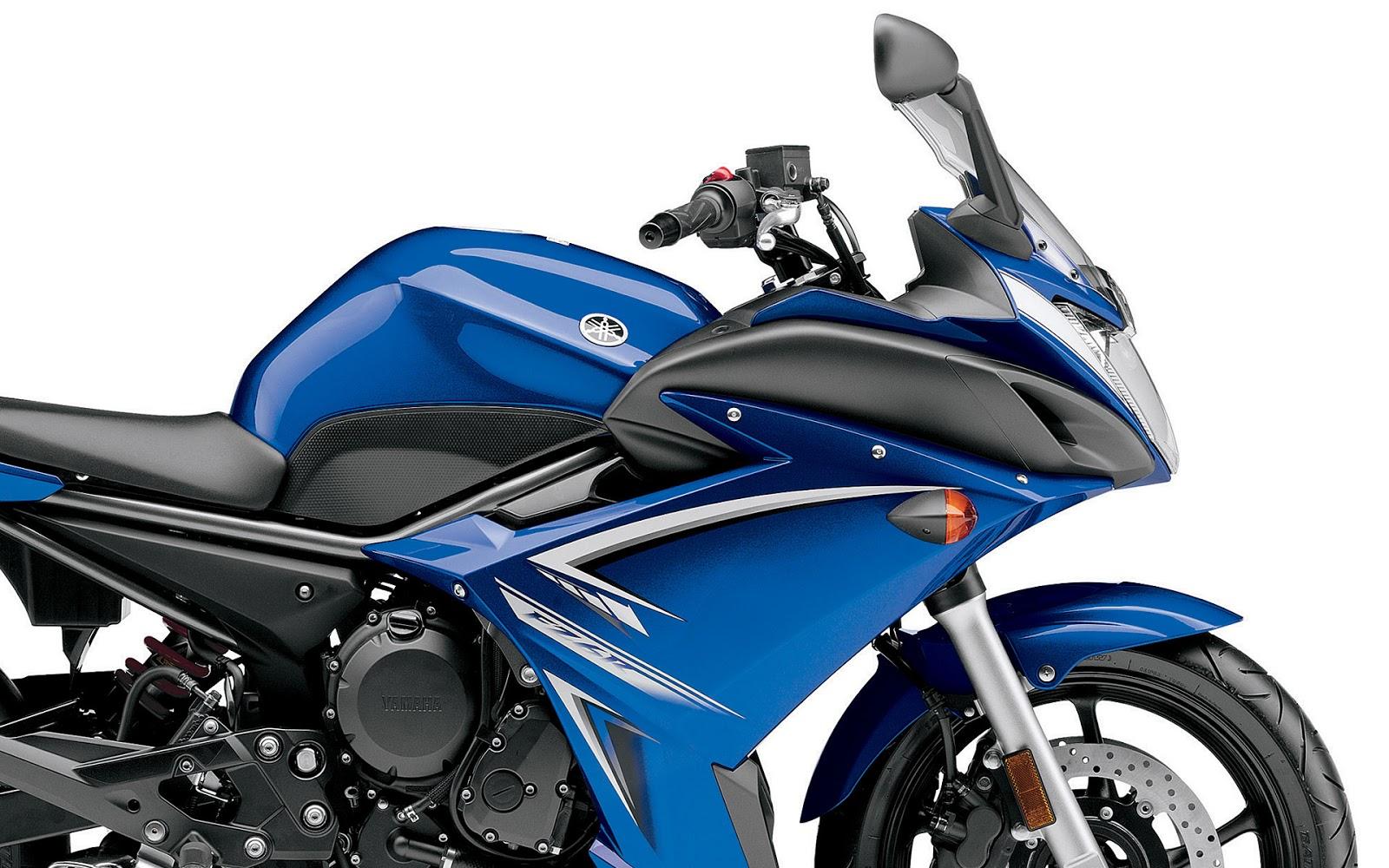Yamaha FZ6R Blue