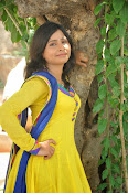 Swapna Photo shoot at debut movie launch-thumbnail-4