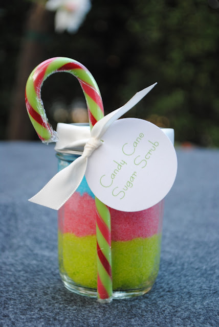 Candy Cane Holiday Sugar Scrub - www.jacolynmurphy.com
