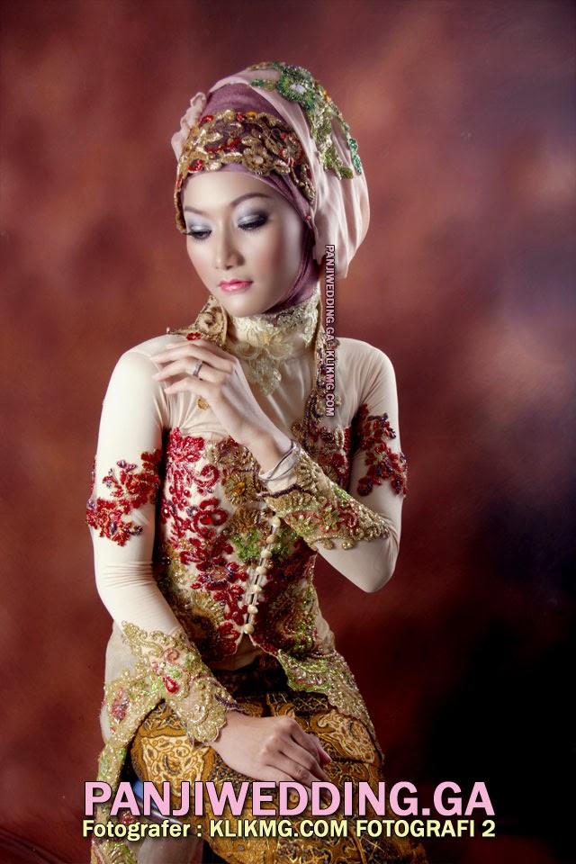 Kreasi Hijab & Make Up Karya PANJIWEDDING.GA Rias Pengantin & Wisuda Purwokerto | Fotografer oleh KLIKMG.COM Fotografi [2]