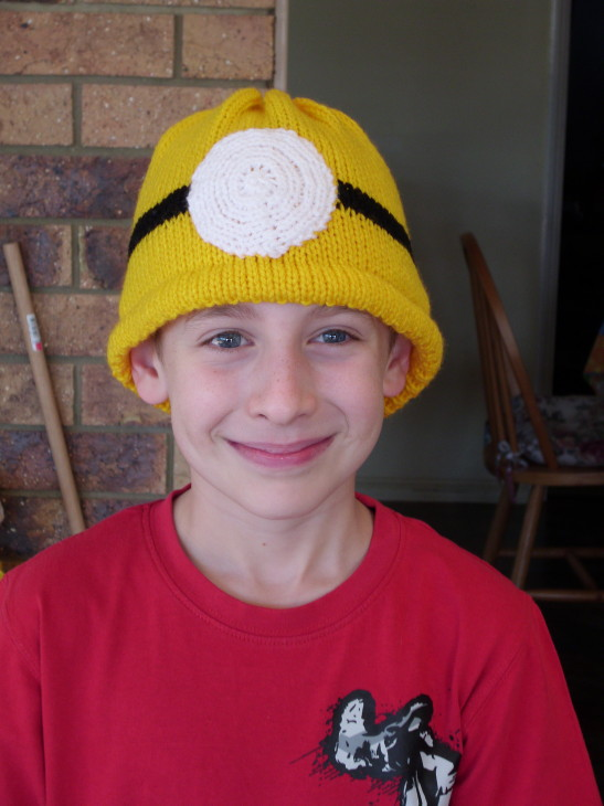 Knits N Everything Fibre Despicable Me Minions Hat Almost