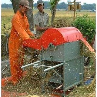 mesin perontok padi model baru