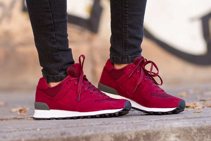 New Balance 574 Sonic Weld Trainers in Burgundy color JDSports