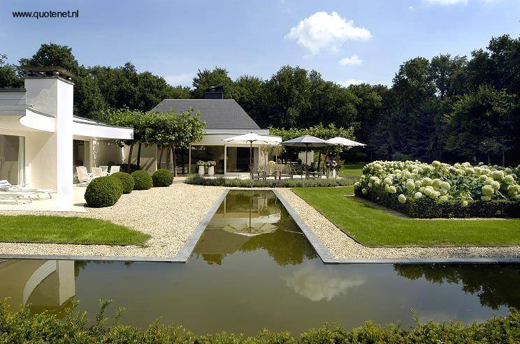 Arquitectura de casas jardines de villa y arquitectura for Jardines grandes