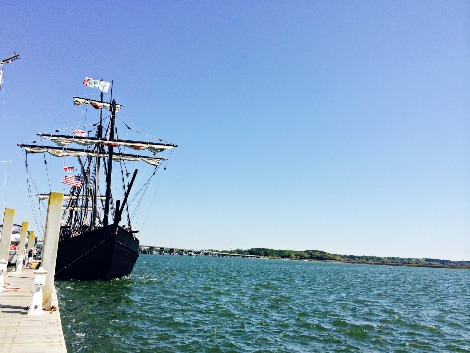 The Nina and Pinta Replicas, docks, Replica ships, Christopher Columbus