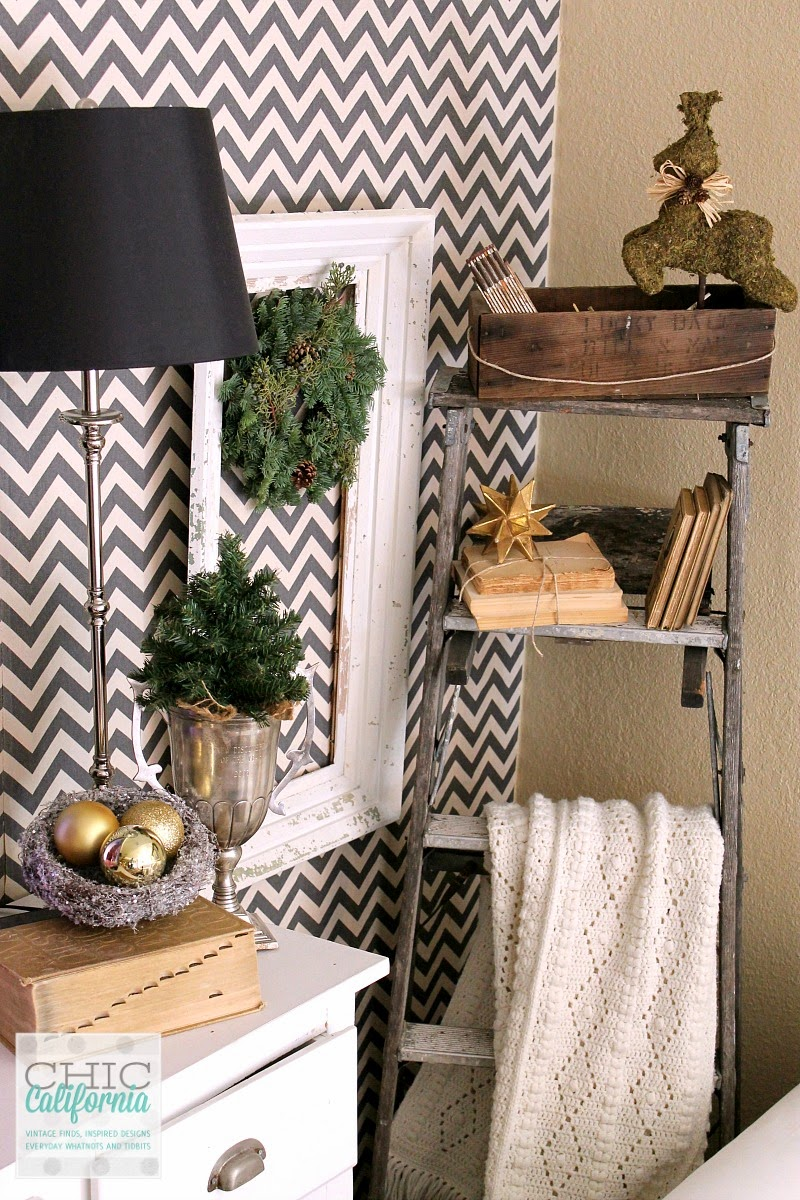 Delight decorum holiday decor with pursuing vintage for Decor and decorum