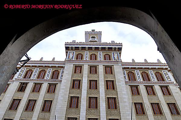 Edificio bacardi Havana