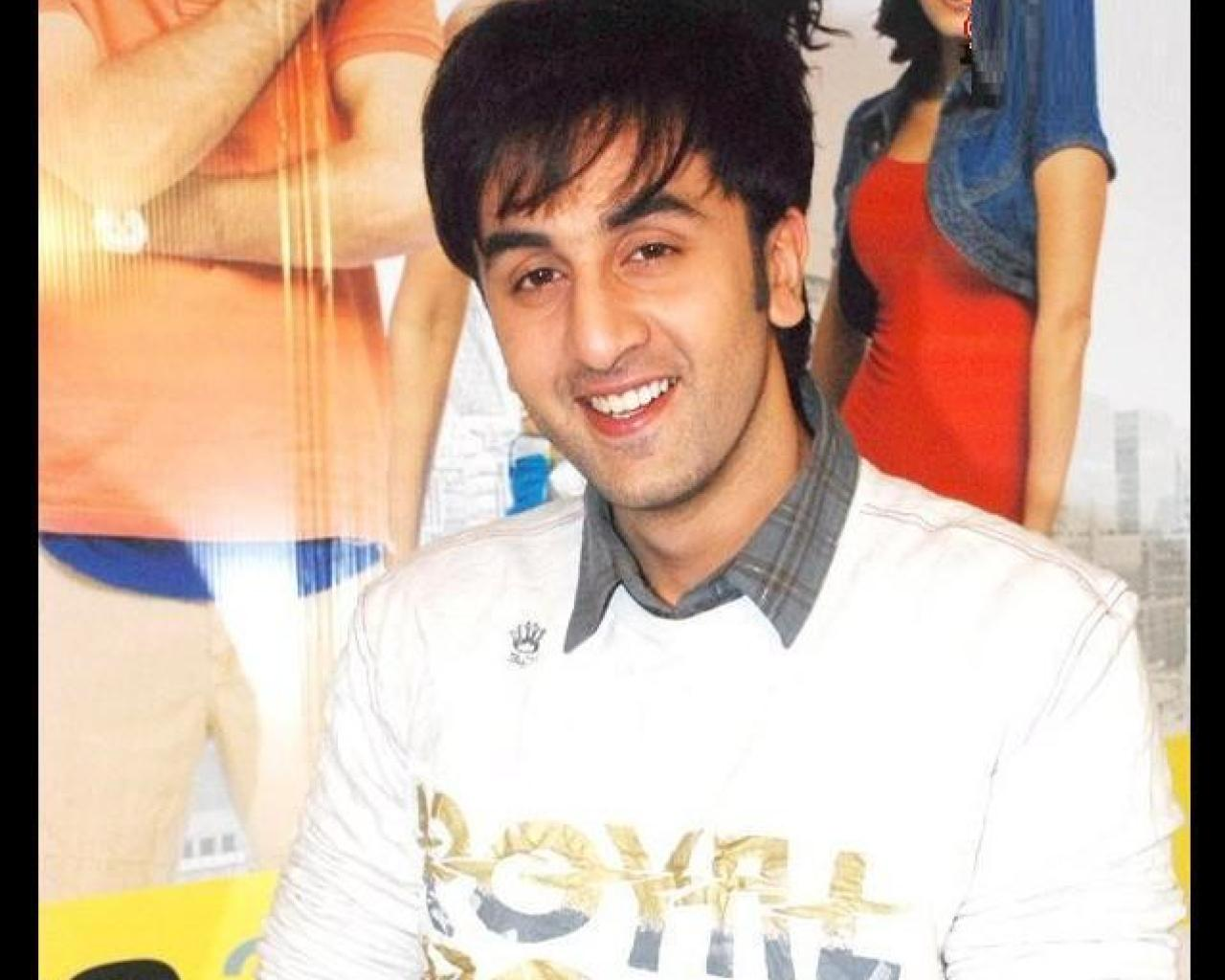 Extream Fashion: Ranbir Kapoor Hairstyle