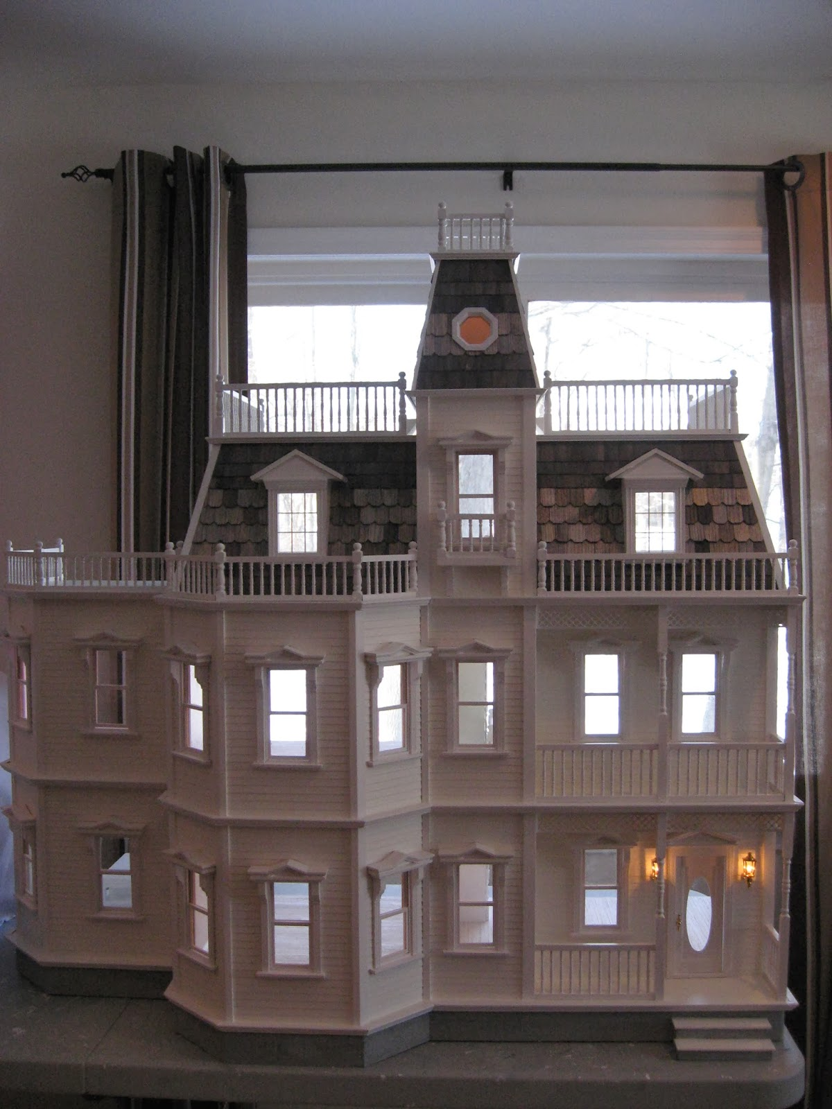 Little Darlings Dollhouses: Customized Newport Dollhouse ...