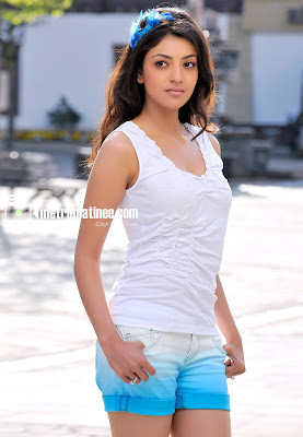 Kajal Agarwal Hot Back Show In Nayak Film Actress: Kajal Ag...