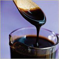 وصفة رائعة بالعسل الأسود لشعر قوي ولامع