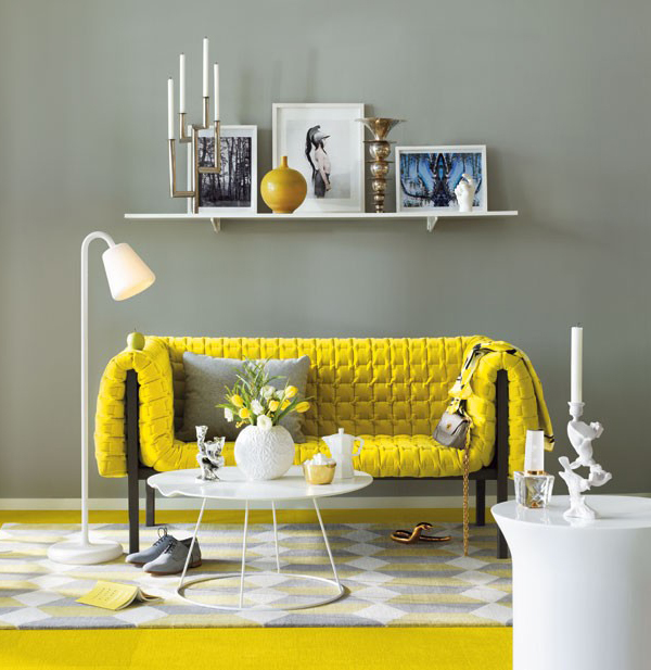 http://1.bp.blogspot.com/-BIY9HZK6-3c/TbqYS4HFJYI/AAAAAAAAAn8/8w5tKyad1LQ/s640/yellow-sofa-decorating-idea-yellow_living_room.jpg