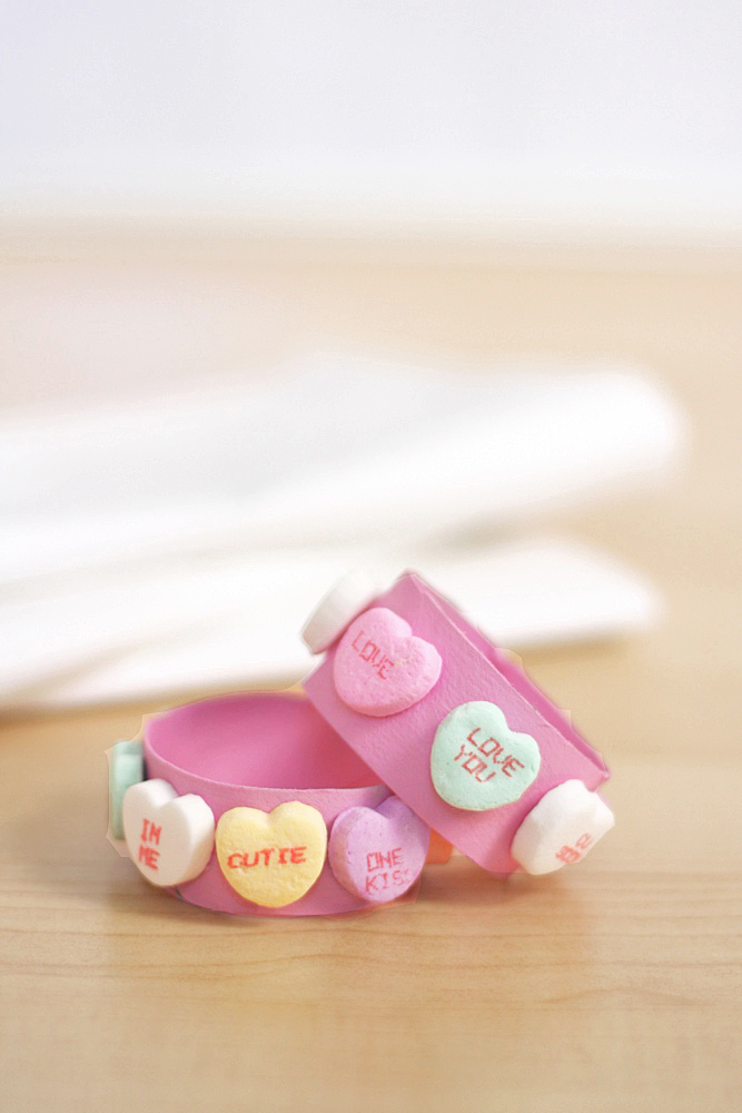 Everyday Reading: Simple Valentine's Day Napkin Rings