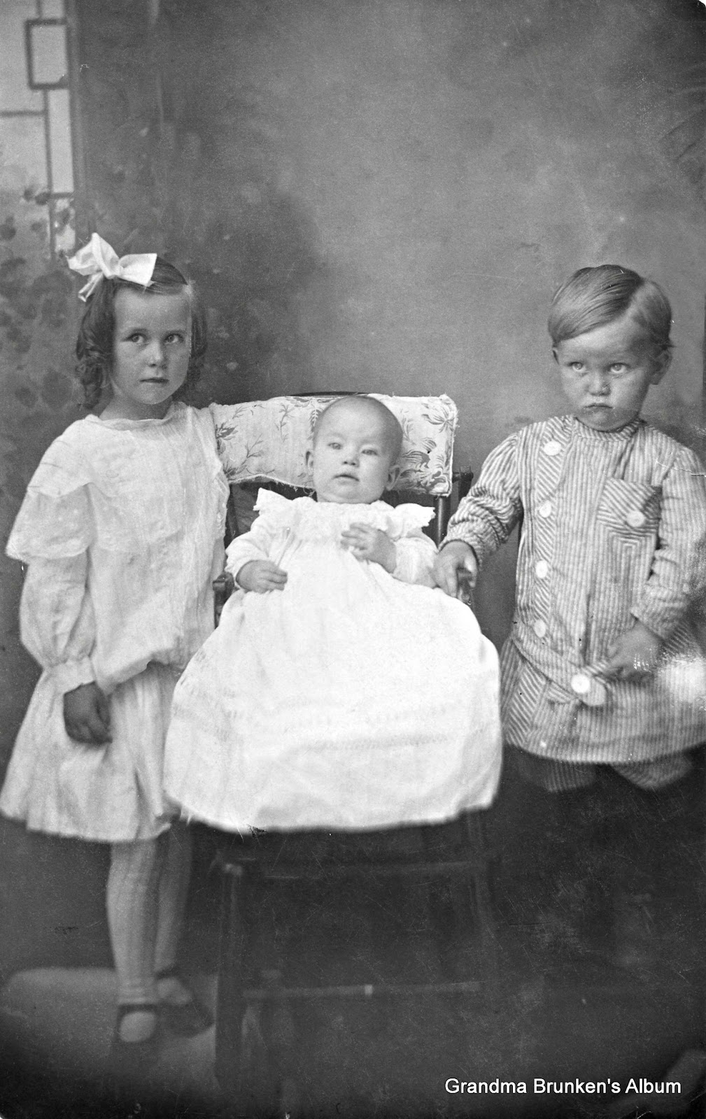 William and Mary Brunken Children - Circa 1912