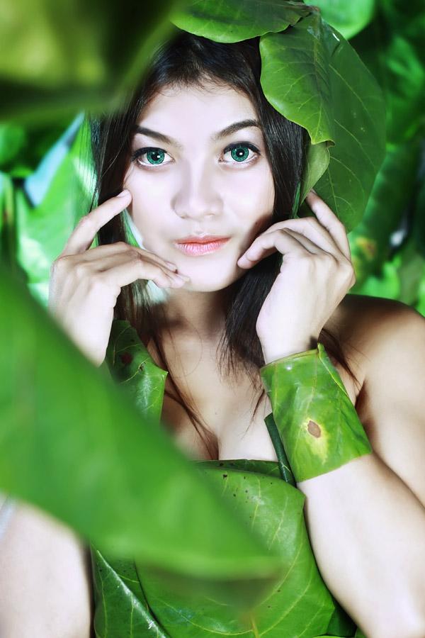 foto model konsep daun hijau 2