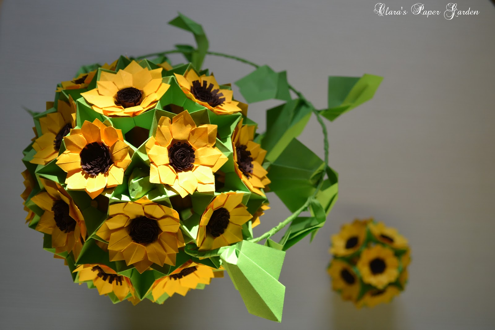 claras paper garden sunflower