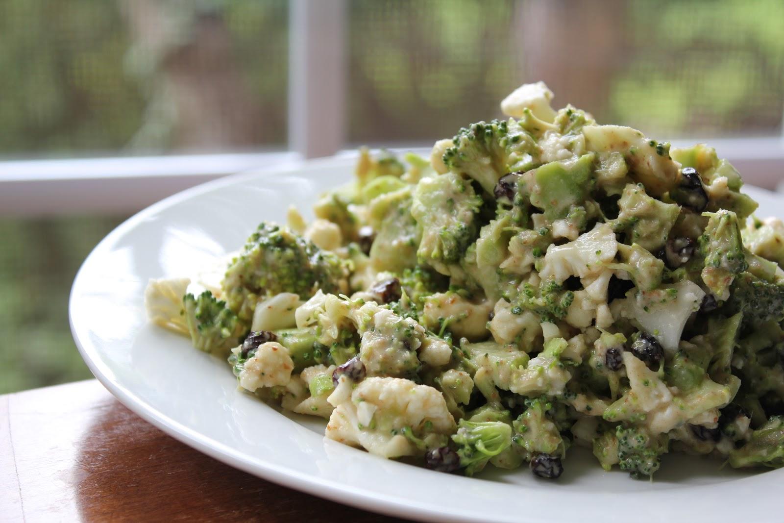 how to prepare raw broccoli salad