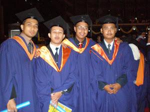Graduan tahun 2007- Kejuruteraan Bahan UM