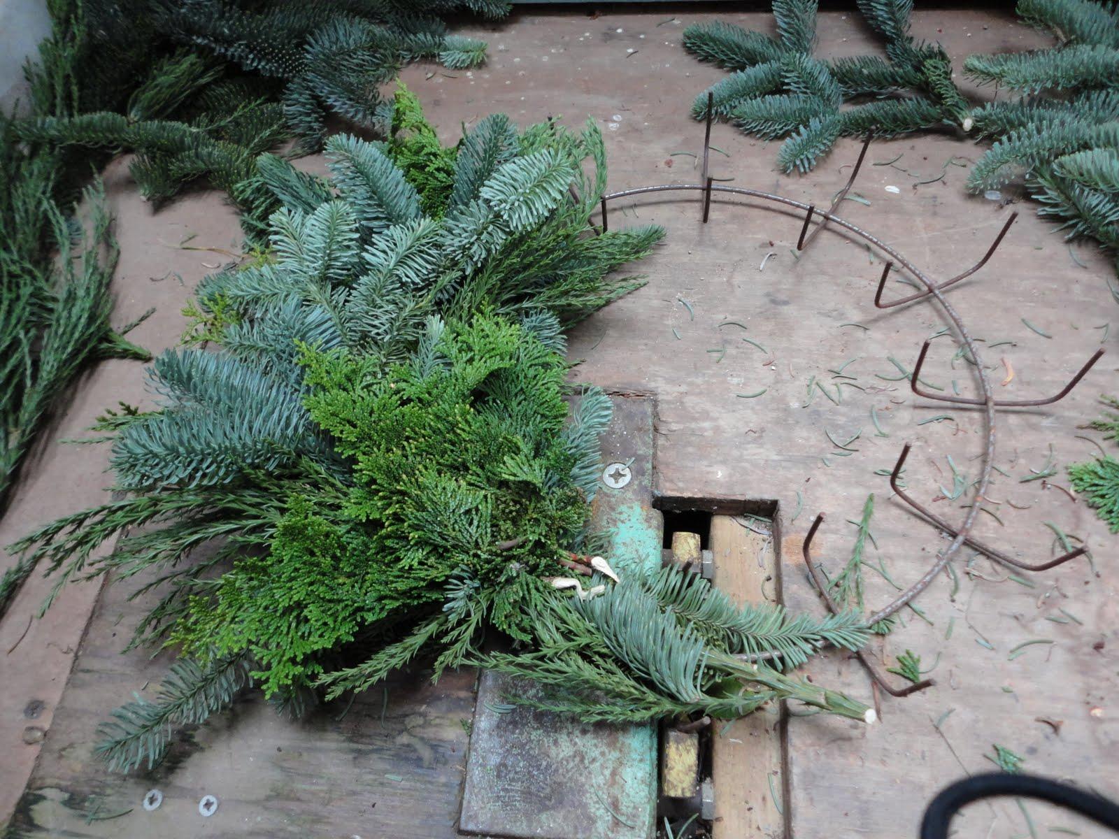 wreath maker machine