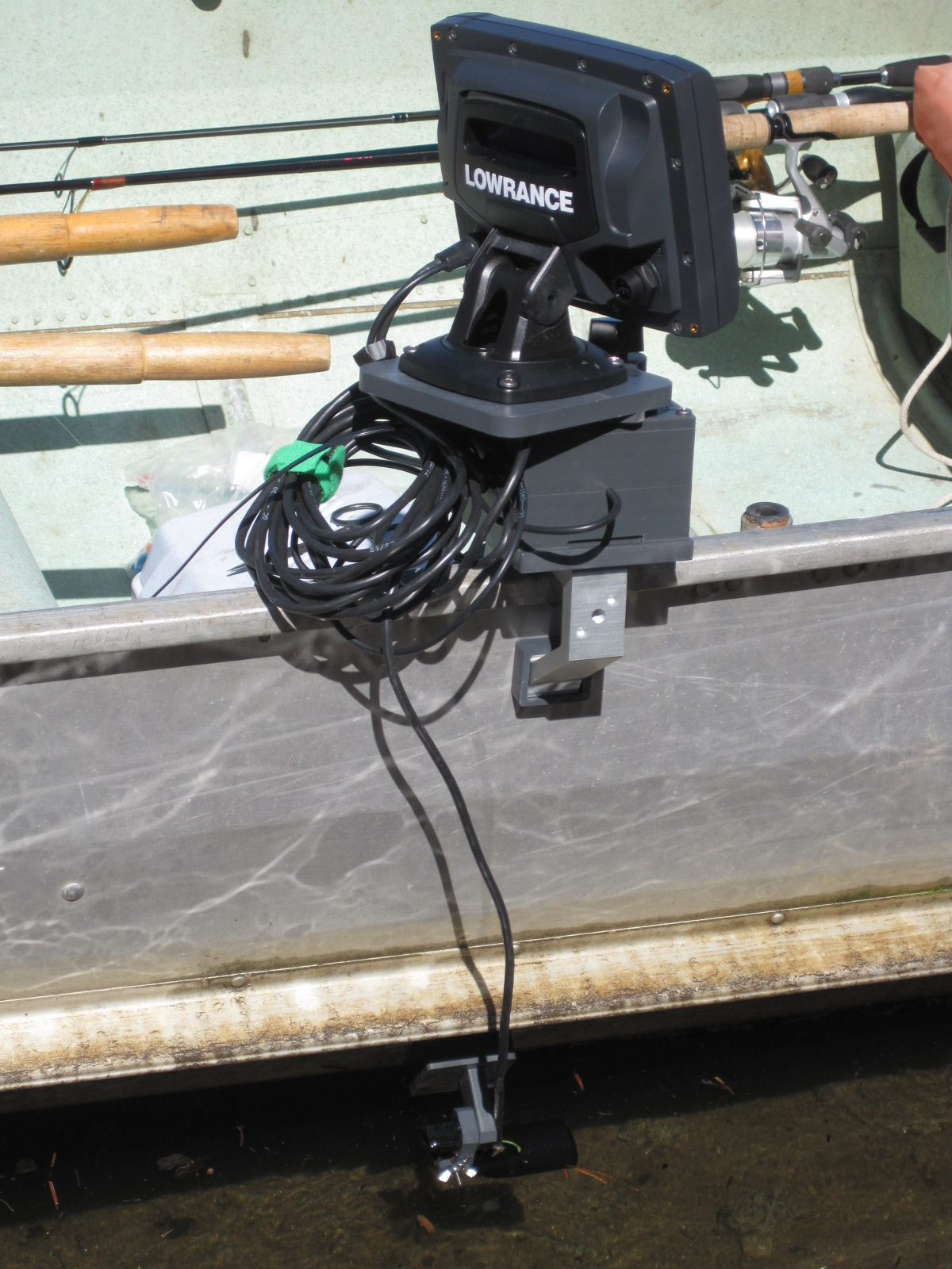 fish finder and transducer mounting solutions: new low cost fish, Fish Finder
