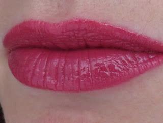 DERMACOL 16H Lip Colour, swatch 06