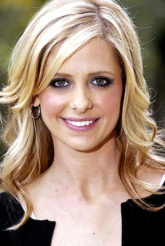 sarah michelle gellar 4 Related tags: wife sharing stories strangers erotic impregnation, ...