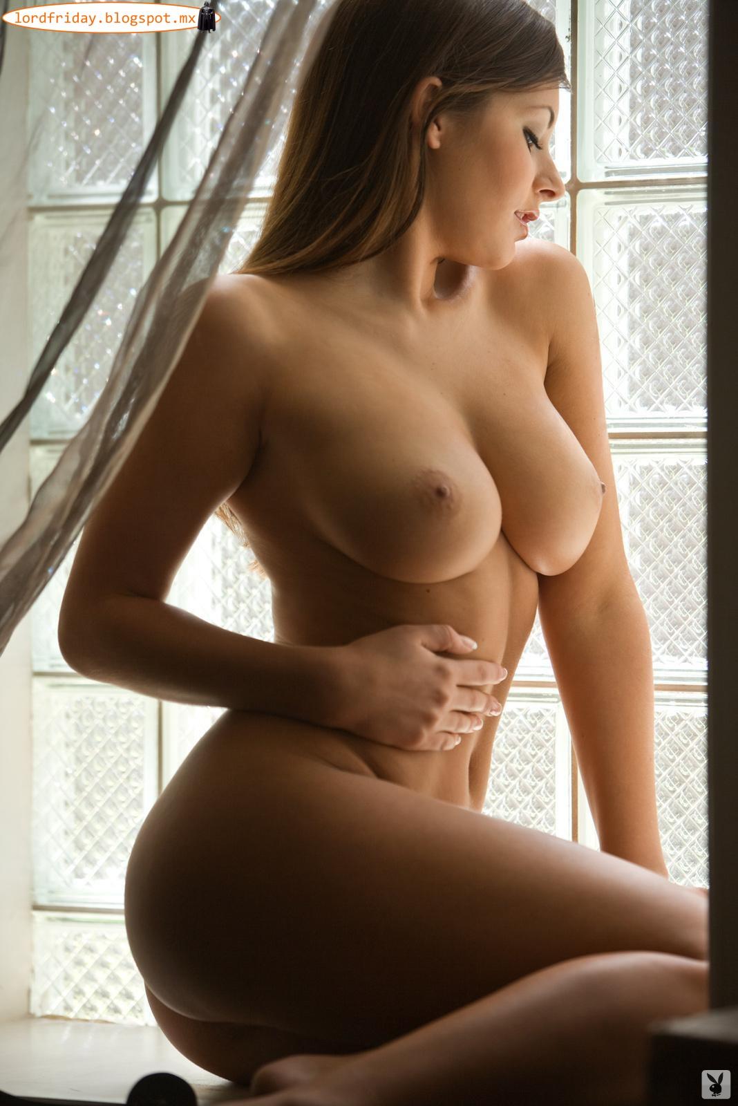 Hot girl Nude nipple